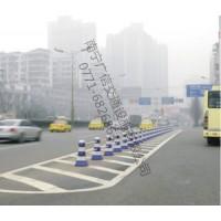广西隔离墩 塑料隔离墩 公路隔离墩