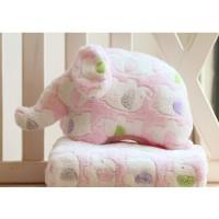 深圳海宏源家居用品供应精美可爱小象卡通毛绒空调毯抱枕
