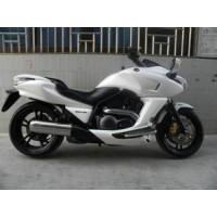 本田DN-01摩托车 价格;3000元